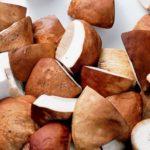 замороженные резанные белые грибы